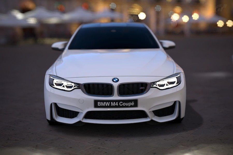 BMW F82 M4 Alpine White