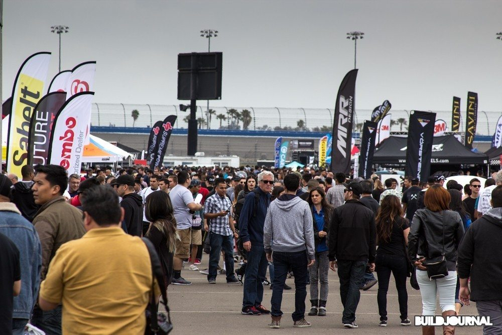 Crowd at Bimmerfest 2015 at Auto Club Speedway